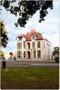 Kantoor Amstel beachflags villa Lindenhoek